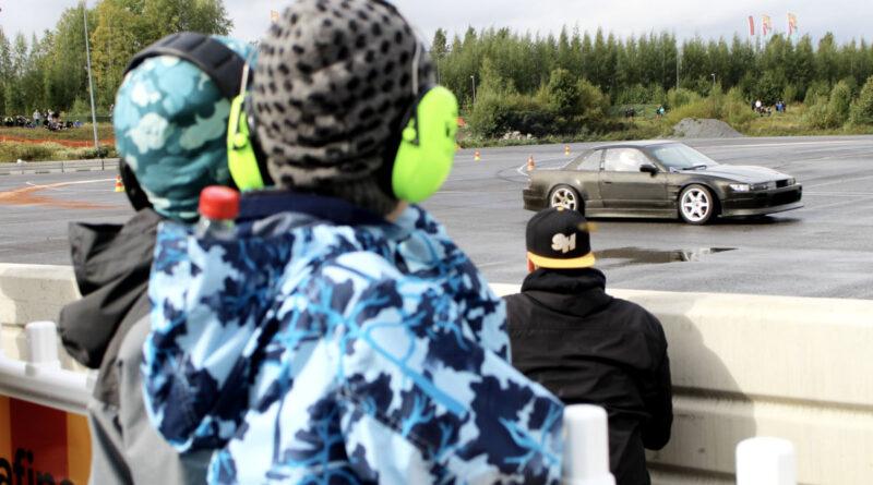 Tampere Drift Battle voitettiin näytöstyyliin